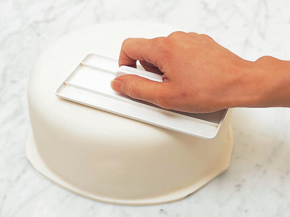 gal-cake-fondant5-jpg